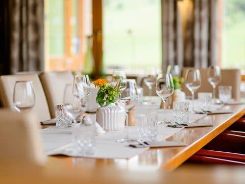 gedeckter Tisch im Ratscher Landhaus